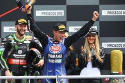 wsbk-donington-park-2018-podium-race-winner-michael-van-der-mark-pata-yamaha.jpg