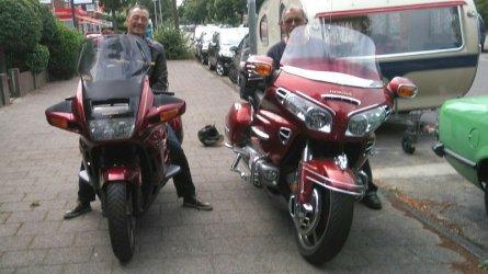 20170722 1300 Haarlem met Goldwing Toon.JPG